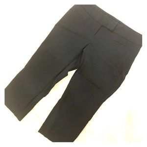 Exact Stretch capris for the office